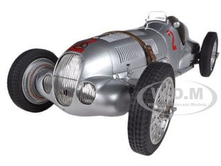 Mercedes W125 #2 Hermann Lang 1937 GP Donington Limited to 1000pc Worldwide 1/18 Diecast Model Car CMC 114