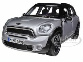 Mini Cooper 4dr Countryman Silver 1/24 Diecast Model Car Maisto 31273