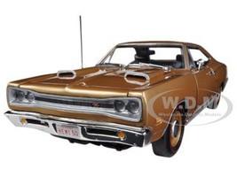 1969 Dodge Coronet R/T Light Bronze Poly HEMI 50th Anniversary Limited to 1250pc1/18 Diecast Model Car Autoworld AMM1024