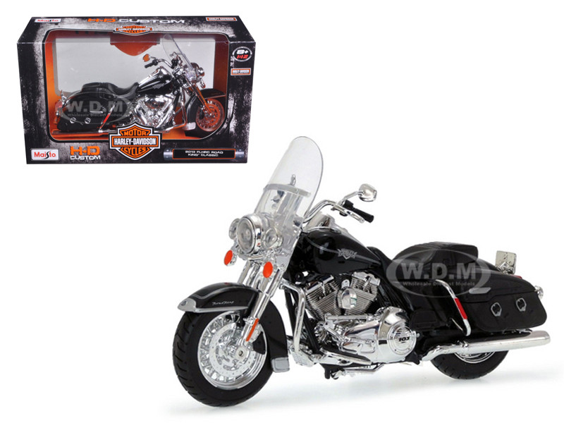 2013 Harley Davidson FLHRC Road King Classic Black Bike Motorcycle Model 1/12 Maisto 32322