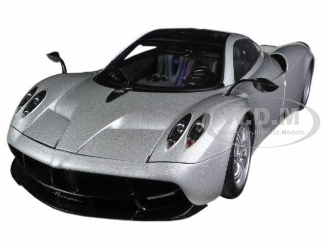 Pagani Huayra Silver 1/18 Diecast Car Model Autoart 78266