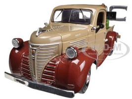 1941 Plymouth Tow Truck Brown 1/24 Diecast Model Motormax 75342