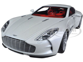 Aston Martin One 77 Morning Frost White 1/18 Diecast Car Model Autoart 70244