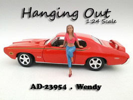 Hanging Out Wendy Figurine Figure For 1:24 Scale Models American Diorama 23954