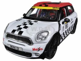 Mini Cooper Coutryman White #13 1/24 Diecast Car Model Maisto 31367