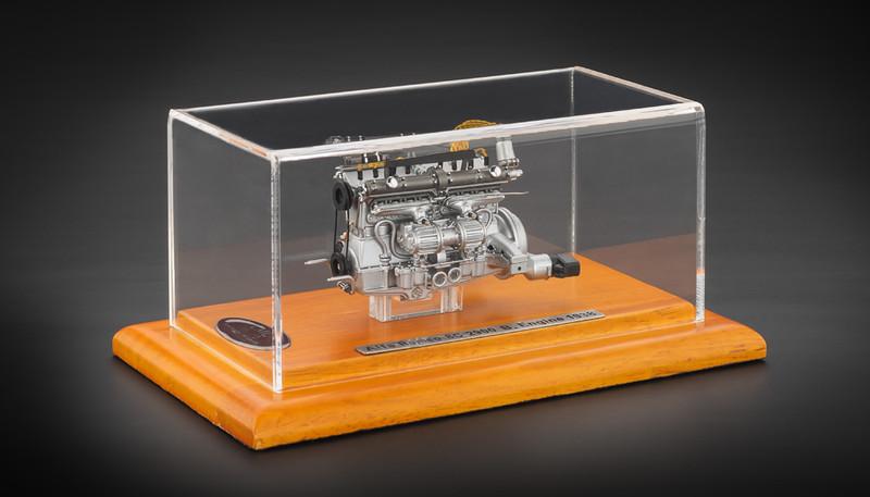 1938 Alfa Romeo 8C 2900B Engine with Display Showcase Limited to 1000pc. 1/18 Diecast Model CMC 131