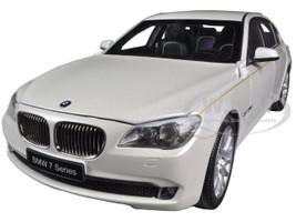 BMW 760Li (F02) 7 Series Brilliant White 1/18 Diecast Car Model Kyosho 08783