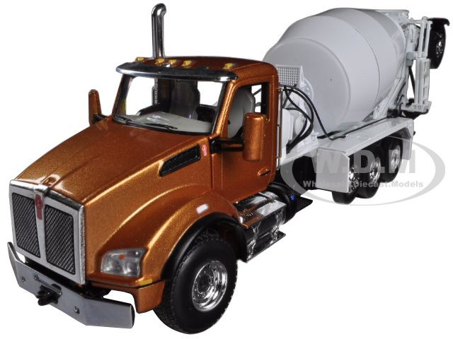 Kenworth T880 with Mcneilus Bridgemaster Mixer Aztec Gold / White 1/50  Diecast Model by First Gear