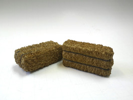 Hay Bale Accessory 2 Pieces Set for 1:18 Scale Models American Diorama 23979