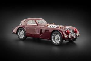1938 Alfa Romeo 8C 2900 B Le Mans #19 1/18 Diecast Car Model CMC 111