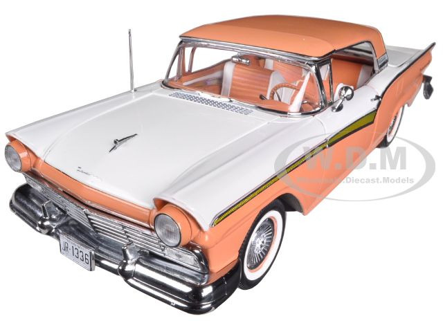 1957 Ford Fairlane Skyliner 500 Convertible Coral Sand Colonial White1/18 Diecast Car Model Sunstar 1336