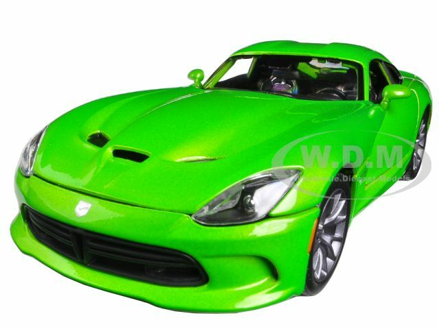 Maisto Dodge SRT Viper GTS Red 31128-1//18 Scale Diecast Model Toy Car