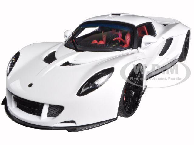 Hennessey Venom GT White 1/18 Diecast Model Car Autoart 75404
