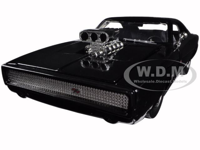 """Dom's 1970 Dodge Charger R/T """"Fast & Furious 7"""" Movie 1/24 Diecast Model Car Jada 97059"""