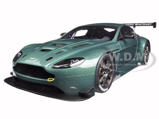 2013 Aston Martin Vantage V12 GT3 Green 1/18 Model Car by Autoart 81306