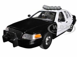 1999 Ford Crown Victoria Unmarked Police Car Black/White In Display Case with Light Bar and Push Bar 1/24 Diecast Model Car Welly SH2082S-BSW
