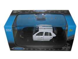 Ford Crown Victoria Unmarked Black/White Police Car 1/43 Diecast Model Car Welly 9762