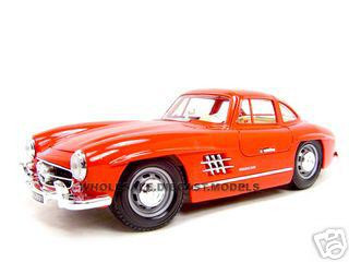 1954 Mercedes Benz 300SL Gullwing Red 1/18 Diecast Model Car Bburago 12047