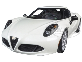 Alfa Romeo 4C Pearl White 1/18 Model Car Autoart 70188