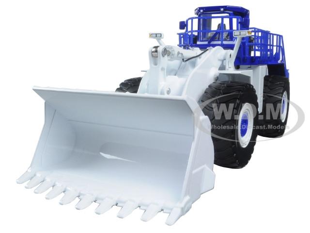 Komatsu WA900-3 Wheel Loader White Demo 1/50 Diecast Model First Gear 59-3338