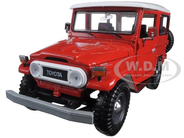 Toyota FJ40 FJ 40 Red 1/24 Diecast Model Car Motormax 79323