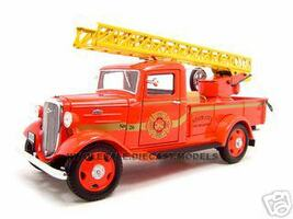 1935 Chevrolet Fire Truck Diecast Model 1/24 Diecast Truck Unique Replica 18628
