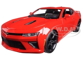 2016 Chevrolet Camaro SS Red 1/18 Diecast Model Car Maisto 31689