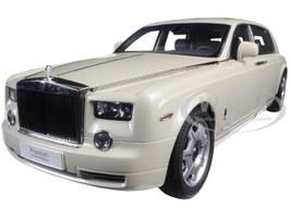 Rolls Royce Phantom Extended Wheelbase Carrera White 1/18 Diecast Model Car Kyosho 08841