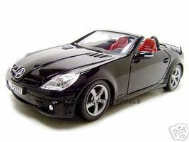 2005 Mercedes SLK55 AMG Black 1/18 Diecast Model Car Motormax 73162