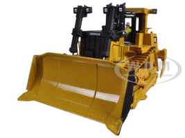 CAT Caterpillar D10T Track Type Tractor with Operator 1/50 Diecast Model Diecast Masters 85158 C