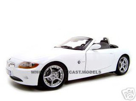 BMW Z4 Convertible Diecast Model White 1/18 Die Cast Car By Bburago