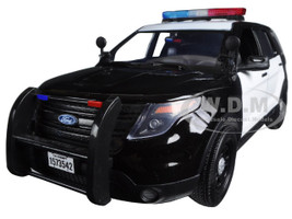 2015 Ford PI Utility Interceptor Black & White  Police Car with Light Bar 1/18 Diecast Car Model Motormax 73542
