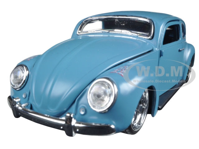 "Volkswagen Beetle Blue ""Outlaws"" 1/24 Diecast Model Car Maisto 31023"