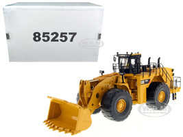 CAT Caterpillar 993K Wheel Loader with Operator High Line Series 1/50 Model Diecast Masters 85257