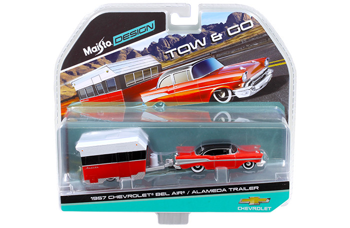 1957 Chevrolet Bel Air with Alameda Trailer Red Tow & Go 1/64 Diecast Model Maisto 15368-B