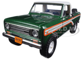 1979 International Scout Terra Pickup Truck Emerald Green 1/25 Diecast Model Car First Gear 40-0391