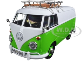 Volkswagen Type 2 (T1) Delivery Van Green/White 1/24 Diecast Model Car Motormax 79551