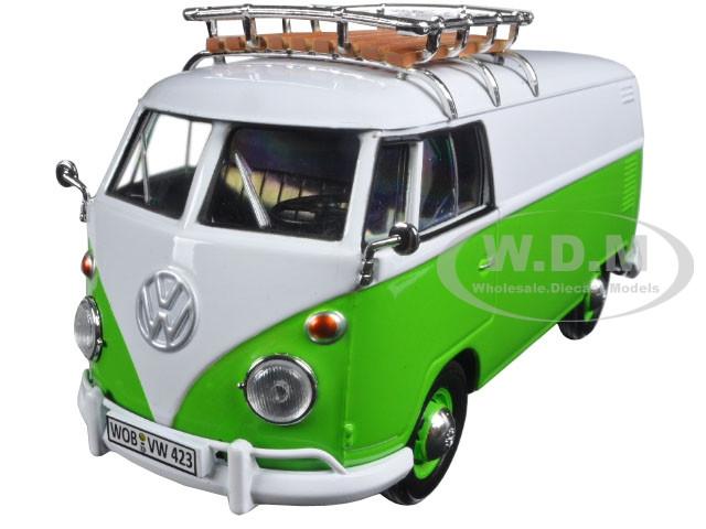 Volkswagen Type 2 (T1) Delivery Van Green/White 1/24 Diecast Model Car Motormax 79551