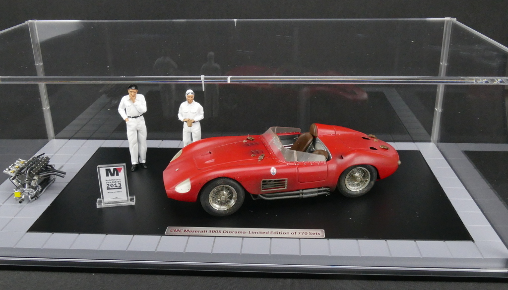 1956 Maserati 300s Dirty Hero With Engine 2 Figurines Miniature