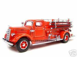 1938 Mack Type 75 Fire Engine Red 1/24 Diecast Model Truck Road Signature 20158