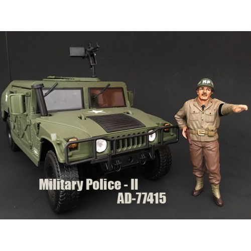 WWII Military Police Figure II For 1:18 Scale Models American Diorama 77415