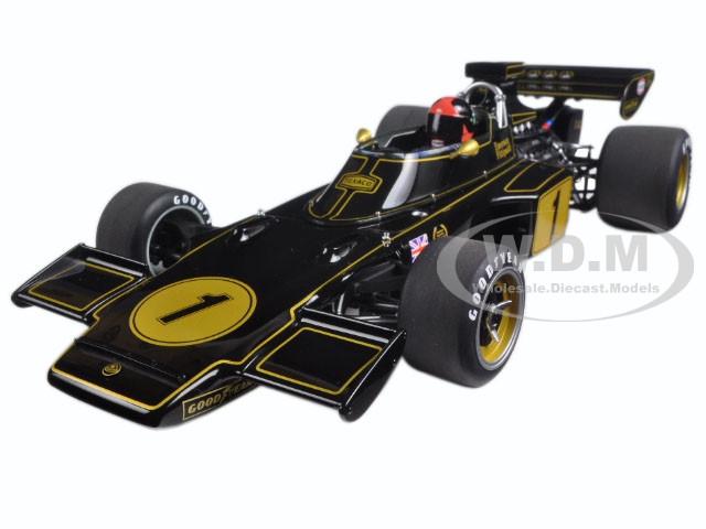Lotus 72E 1973 Emerson Fittipaldi #1 with Driver Figure in Cockpit 1/18 Model Car Autoart 87328