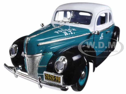 1940 Ford Deluxe Coupe New York City Police Department (NYPD) 1/18 Diecast Model Car Greenlight 12972