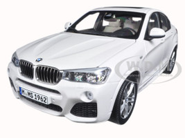 BMW X4 (F26) Mineral White 1/18 Diecast Model Car Paragon 97093