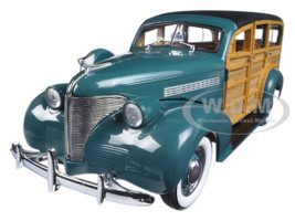 1939 Chevrolet Woody Station Wagon Yosemite Green 1/18 Diecast Model Car Sunstar 6171