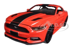 "2015 Ford Mustang GT Red ""Classic Muscle"" 1/24 Diecast Model Car Maisto 31369"