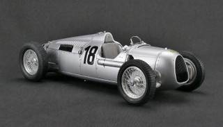 1936 Auto Union Type C #18 Eifel Race Bernd Rosemeyer Limited Edition to 1500pcs 1/18 Diecast Model Car CMC 161