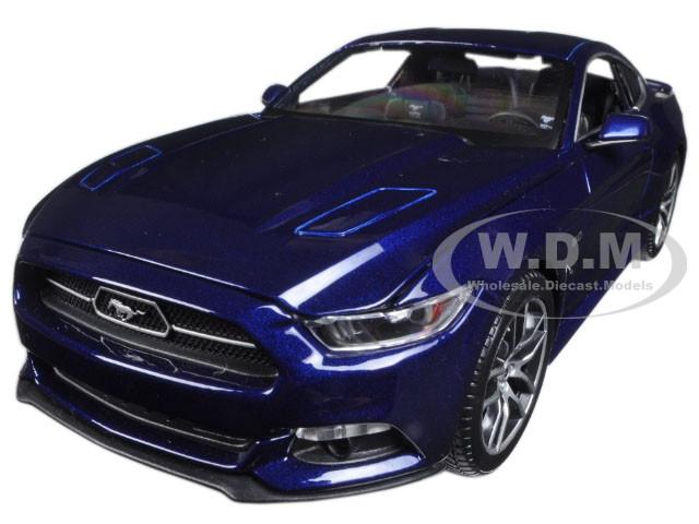 2015 Ford Mustang Gt Dark Blue Exclusive Edition 1 18 Diecast Model