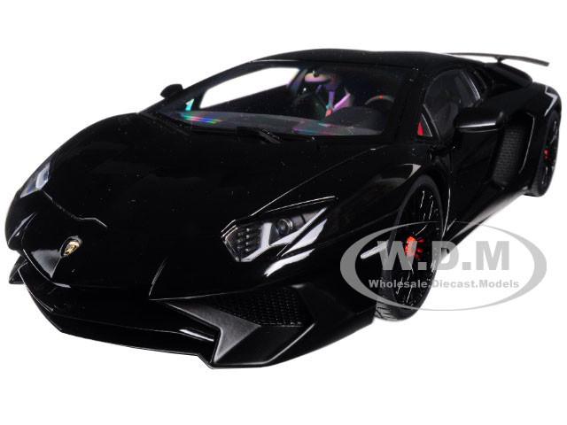 Lamborghini Aventador LP750-4 SV Nero Aldebaran/ Gloss Black 1/18 Model Car Autoart 74556