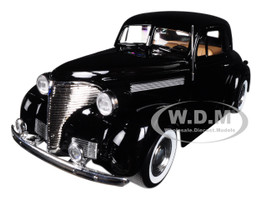 1939 Chevrolet Coupe Black 1/24 Diecast Model Car Motormax 73247